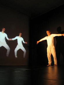 Interactive audiovisual poli-poetry theater show.  Barcelona, Berlin, Geneve  2008 - 2009
